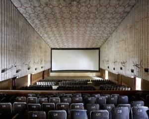 Cinemas_of_India_09